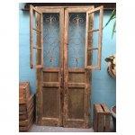 oude deuren <p>€ 175,00 VERHUUR</p> <p>1 stuks / 255 x 120cm (lxb) / hout met ijzerwerk</p>