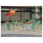 terras groen <p>€ 10,00 p/s VERHUUR</p> <p>25 stuks / witte stoel met groene draden</p>