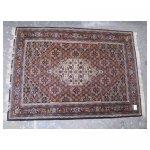 tapijt groot 3 <p>€ 25,00 VERHUUR</p> <p>1 per soort / 210 x 145 cm (lxb) / perzische tapijt <br />alle tapijtjes 78 m2 (67 stuks)</p>