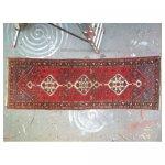 tapijt loper 2 <p>€ 25,00 VERHUUR</p> <p>1 per soort / 300 x 95 cm (lxb) / perzische tapijt <br />alle tapijtjes 78 m2 (67 stuks)</p>
